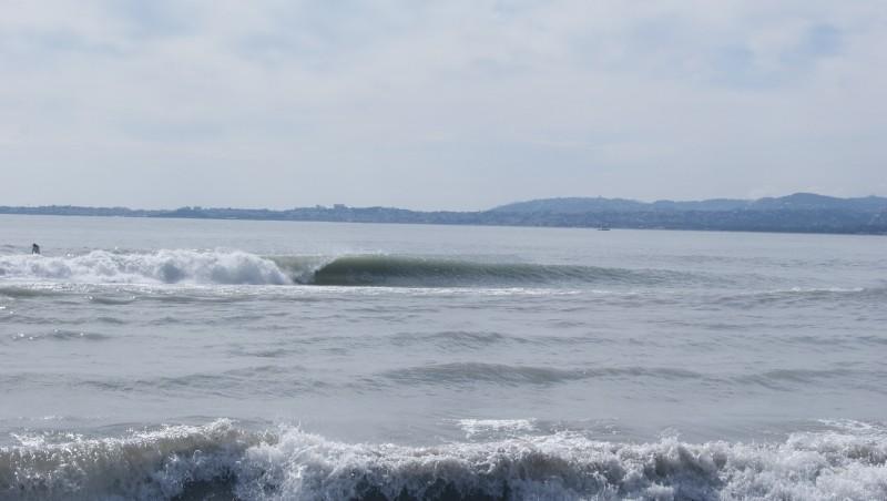 Surf report Saint-Laurent-du-Var - Plage Cousteau - France (06) 2013-03-13 12:00:00