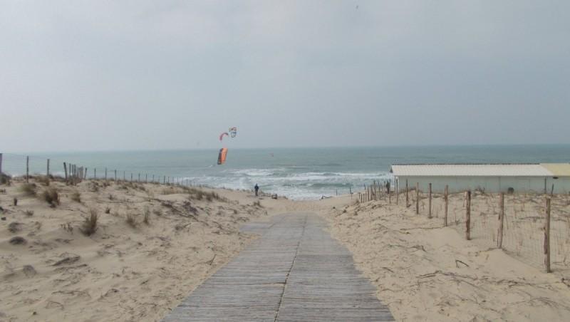 Wind report Le Porge - France (33) 2013-04-06 14:00:00