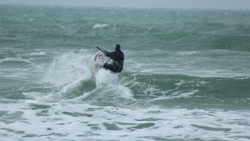 Wind report Le Porge - France (33) 2013-04-06 12:00:00