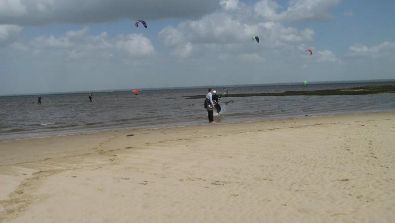 Wind report La Hume - France (33) 2013-04-19 13:00:00