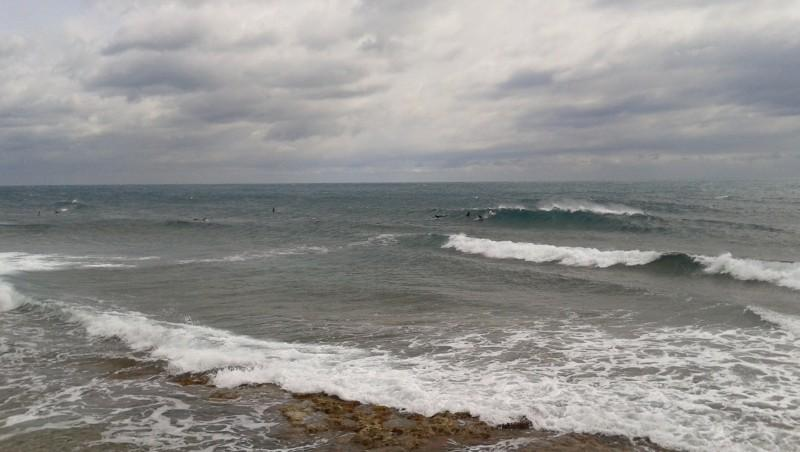 Surf report Sausset les Pins - Plage du Port - France (13) 2013-04-20 14:00:00