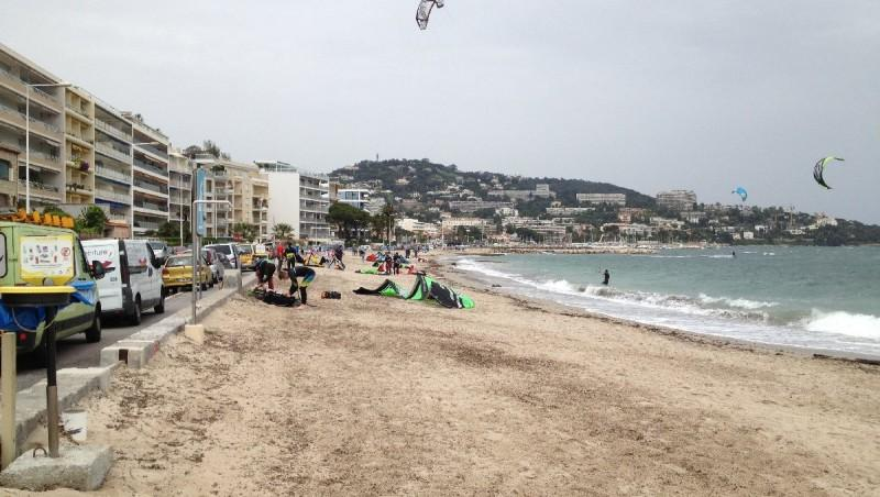 Wind report Cannes - Palm Beach - France (06) 2013-04-29 15:00:00