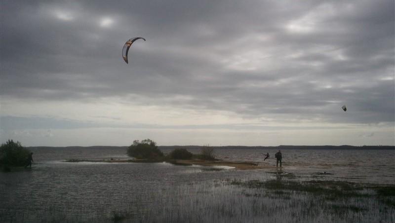 Wind report Hourtin - Lachanau - France (33) 2013-05-10 15:00:00