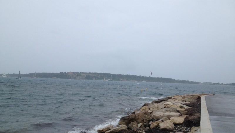 Wind report Cannes - Palm Beach - France (06) 2013-05-18 12:00:00