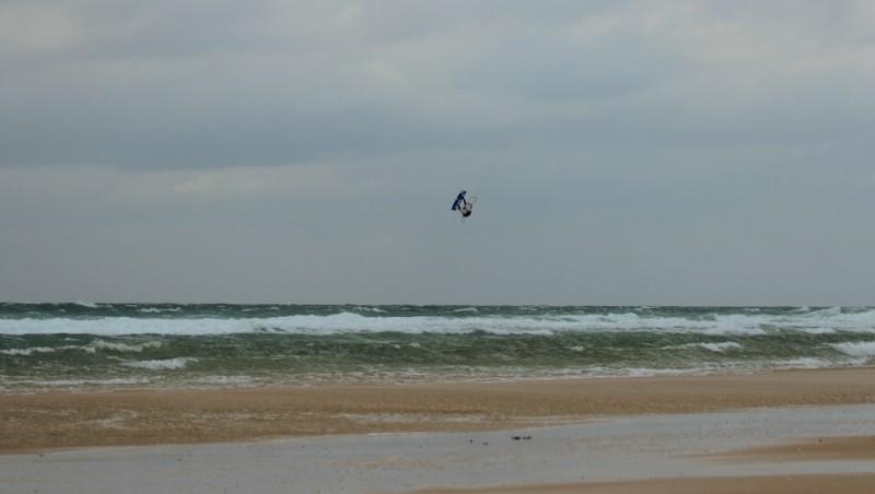 Wind report Le Porge - France (33) 2013-05-24 18:00:00