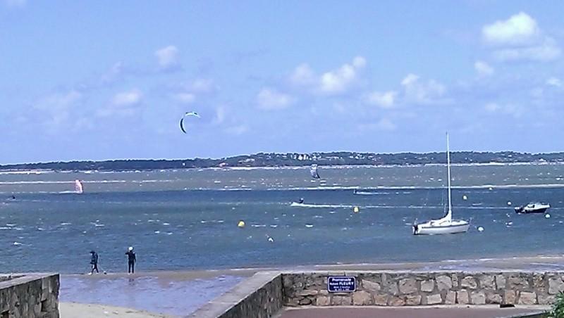Wind report Arcachon - Les Arbousiers - France (33) 2013-05-25 13:00:00