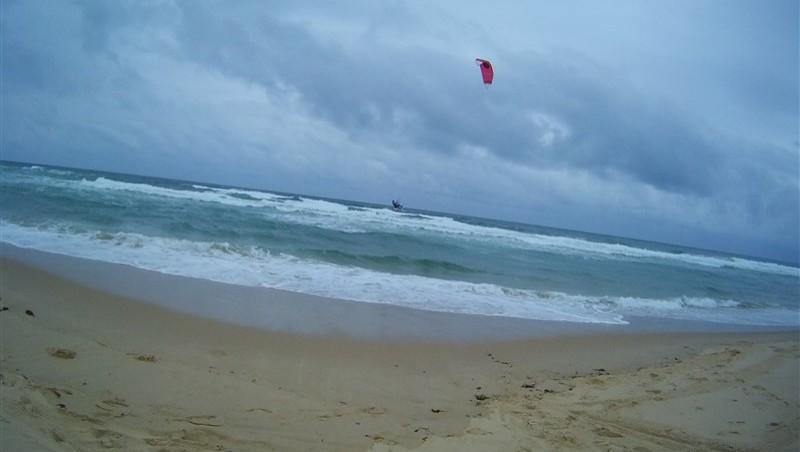 Wind report Le Porge - France (33) 2013-06-22 13:00:00