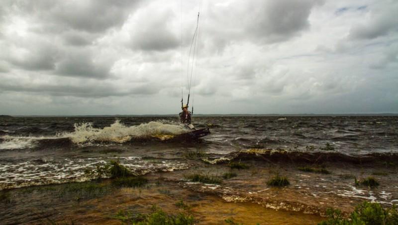 Wind report Les Aigrettes - France (40) 2013-06-23 13:00:00
