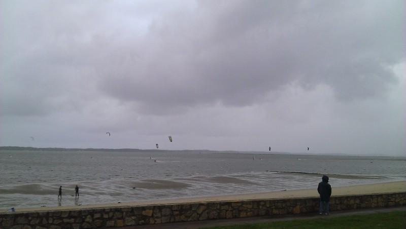 Wind report Arcachon - Les Arbousiers - France (33) 2013-11-08 14:00:00