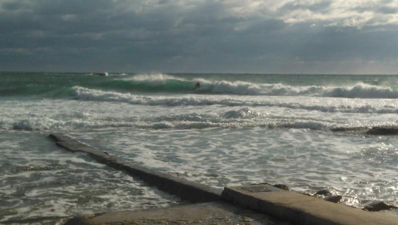 Surf report La Couronne - France (13) 2013-11-20 14:00:00
