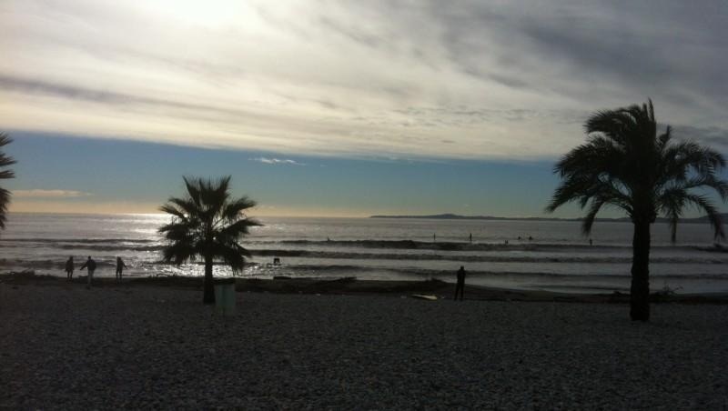 Surf report Saint-Laurent-du-Var - Cap 3000 - France (06) 2013-12-26 12:00:00