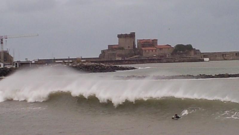 Surf report Socoa - France (64) 2014-01-04 16:30:00
