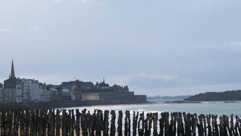 Surf report Saint-Malo - Plage Rochebonne - France (35) 2014-02-25 13:00:00
