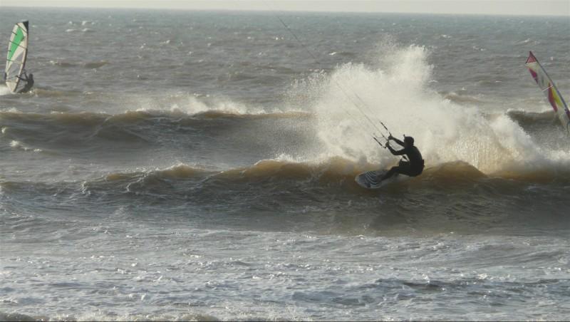 Wind report Moulay Bouzerktoun - Maroc (MA) 2014-03-22 15:00:00