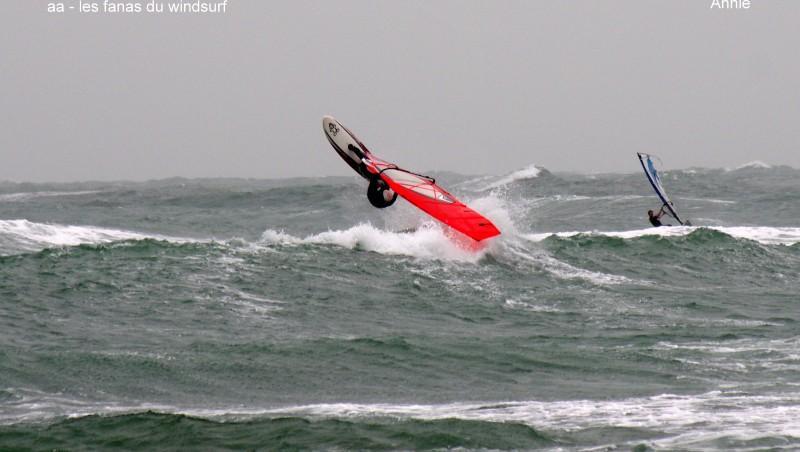 Wind report Cap-d'Agde - Plage Richelieu - France (34) 2014-04-03 12:00:00