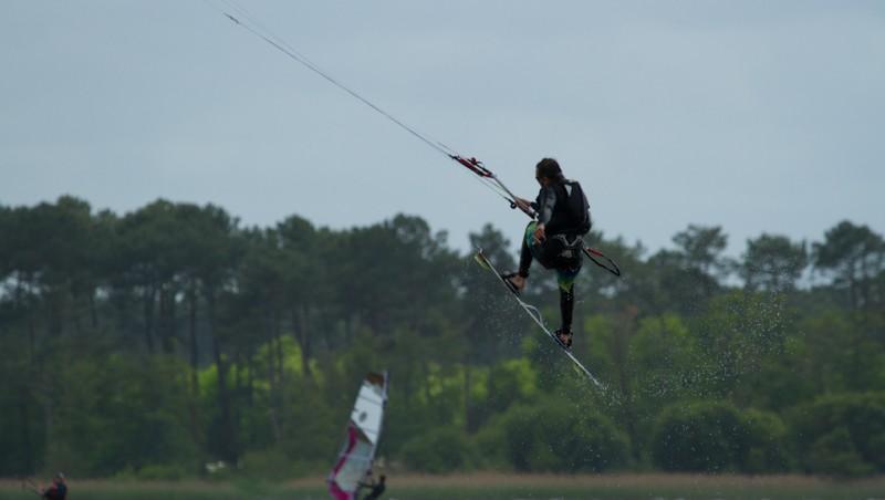 Wind report Les Aigrettes - France (40) 2014-05-11 12:00:00