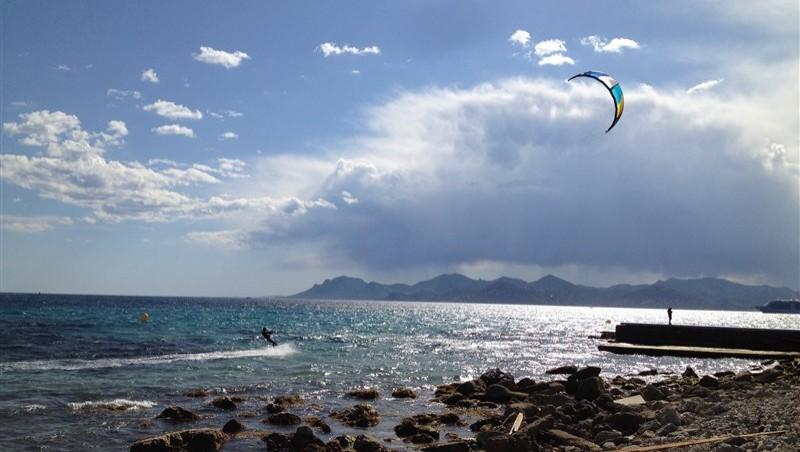 Wind report Cannes - Palm Beach - France (06) 2014-05-15 17:00:00