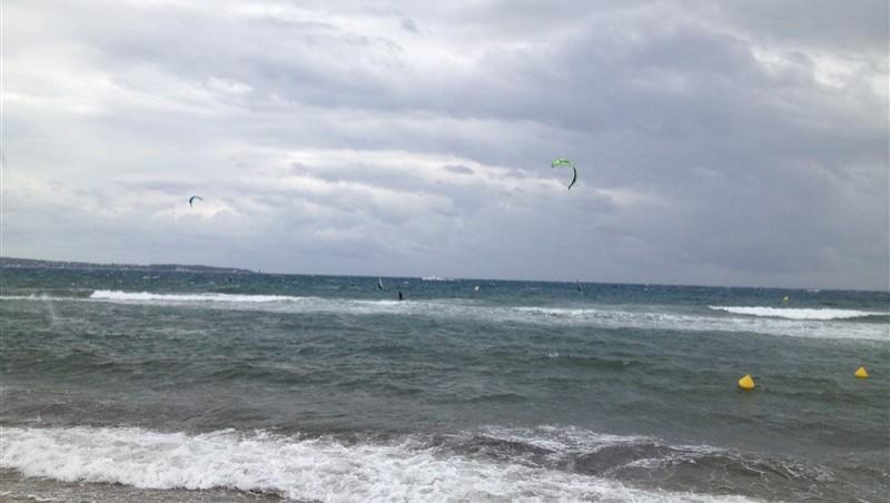 Wind report Cannes - Palm Beach - France (06) 2014-05-19 13:00:00
