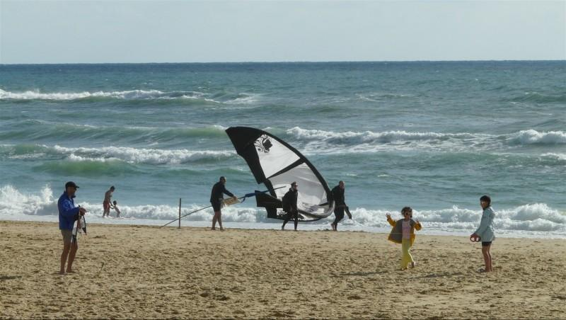 Wind report Mimizan - Plage Garluche - France (40) 2014-07-09 19:00:00