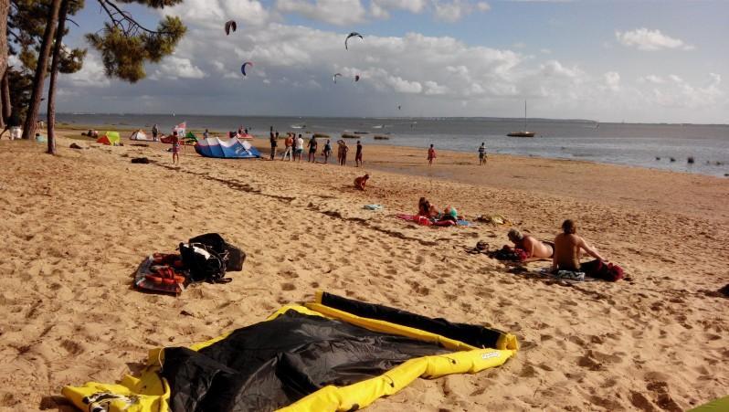 Wind report Arès - Saint-Brice - France (33) 2014-08-13 17:00:00