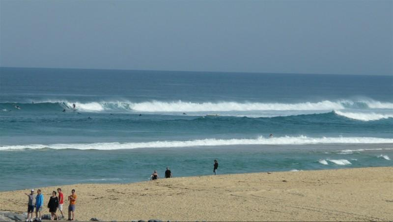 Surf report Mimizan - Plage Garluche - France (40) 2014-09-17 10:00:00