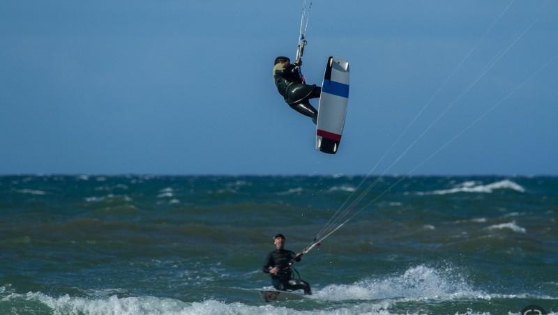 Wind report Le Porge - France (33) 2014-10-12 12:00:00