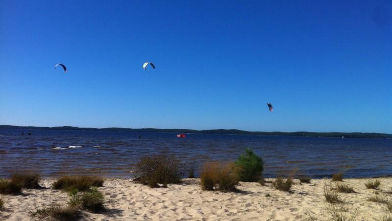 Wind report Lacanau Lac - France (33) 2014-10-18 14:00:00