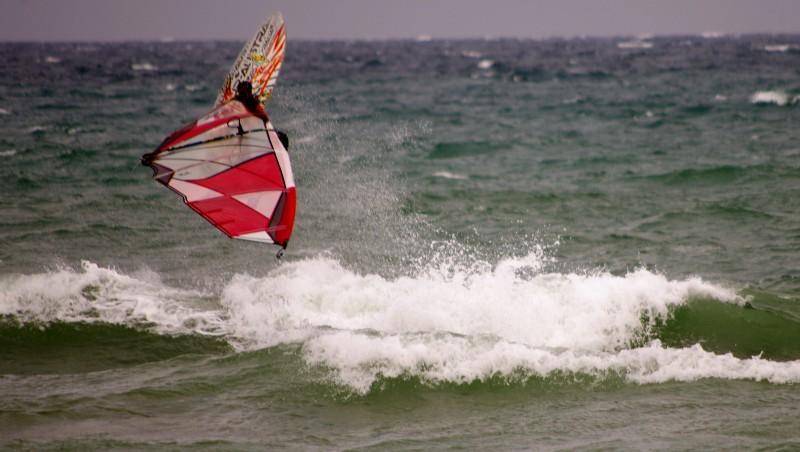 Wind report Saint-Cyprien - La Nord - France (66) 2014-10-28 12:00:00