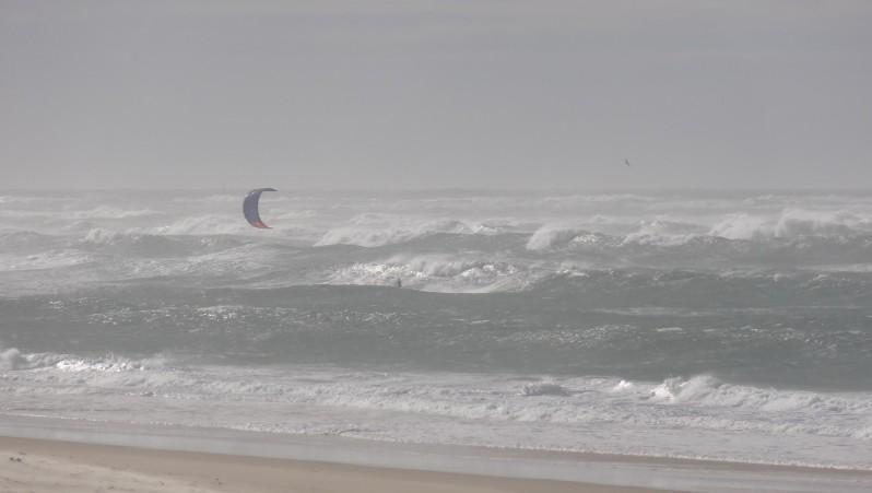 Wind report La Lagune - France (33) 2014-11-15 13:00:00
