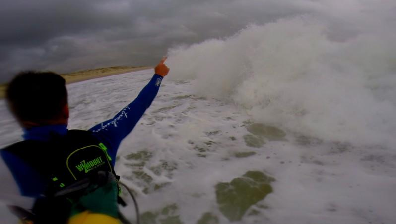 Wind report La Lagune - France (33) 2014-11-16 12:00:00