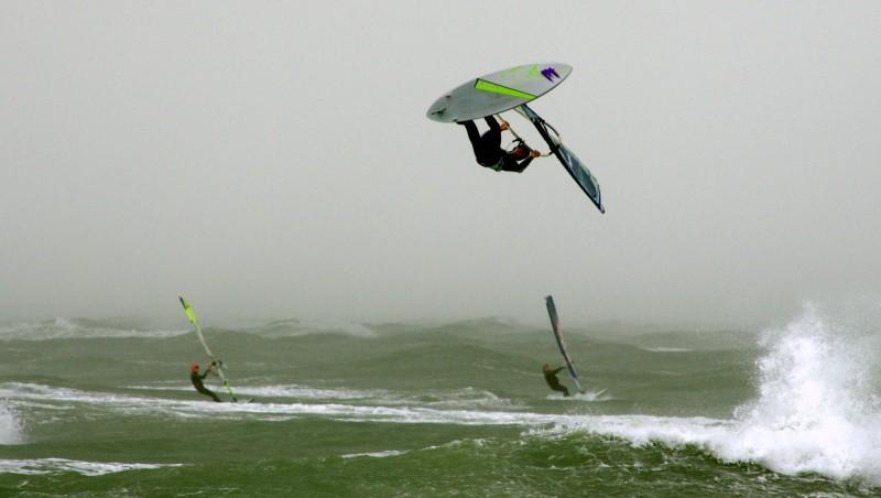 Wind report Cap-d'Agde - Plage Richelieu - France (34) 2014-11-28 12:00:00