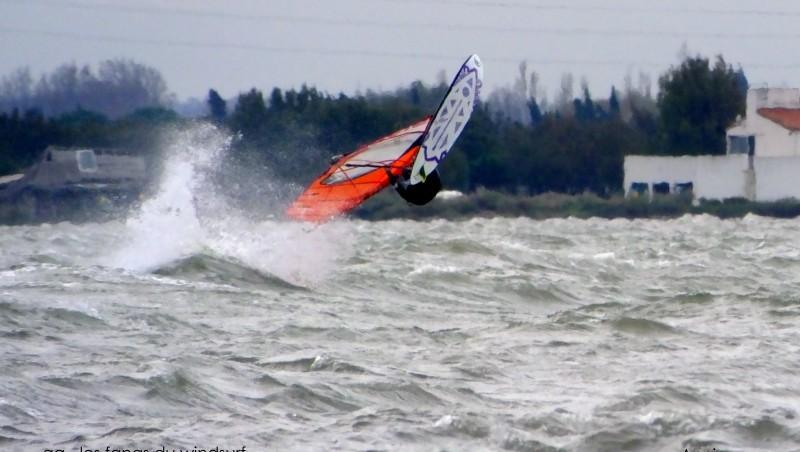 Wind report Le Barcarès - Cap Coudalère  - France (66) 2014-12-01 12:00:00
