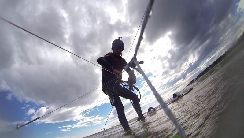 Wind report La Chambrette - France (33) 2014-12-06 13:00:00