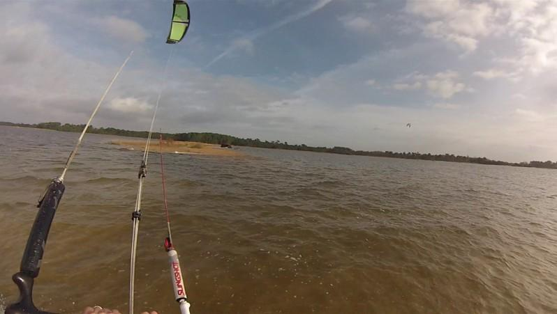 wind report Hourtin - Lachanau - France (33) 2014-12-12 11:00:00