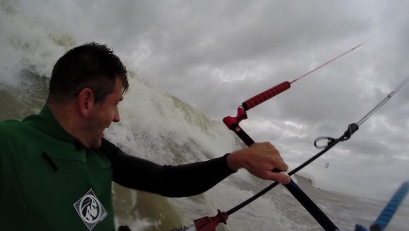 Wind report Soulac sur Mer - France (33) 2014-12-12 12:00:00