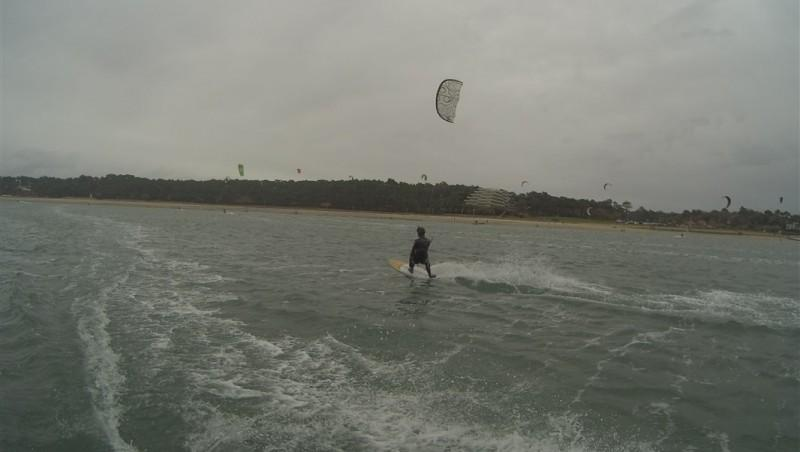 Wind report Arcachon - Les Arbousiers - France (33) 2014-12-27 14:00:00