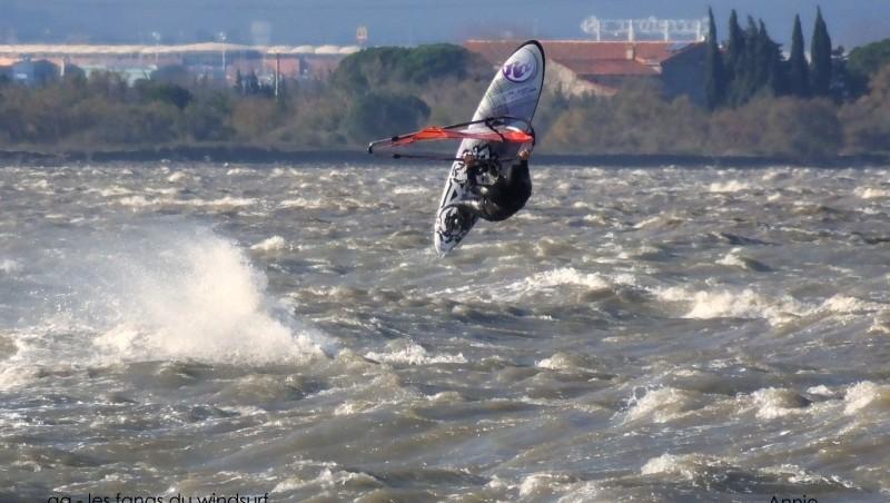 Wind report Le Barcarès - Cap Coudalère  - France (66) 2014-12-28 12:00:00