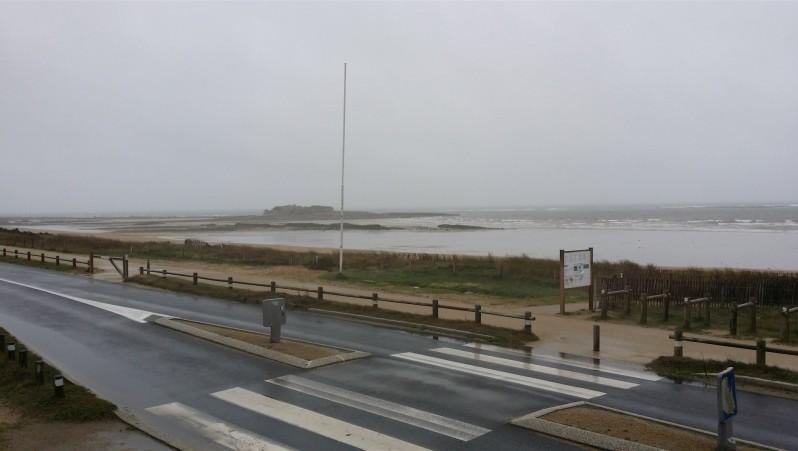 Wind report Fort Bloqué - France (56) 2014-12-24 11:00:00