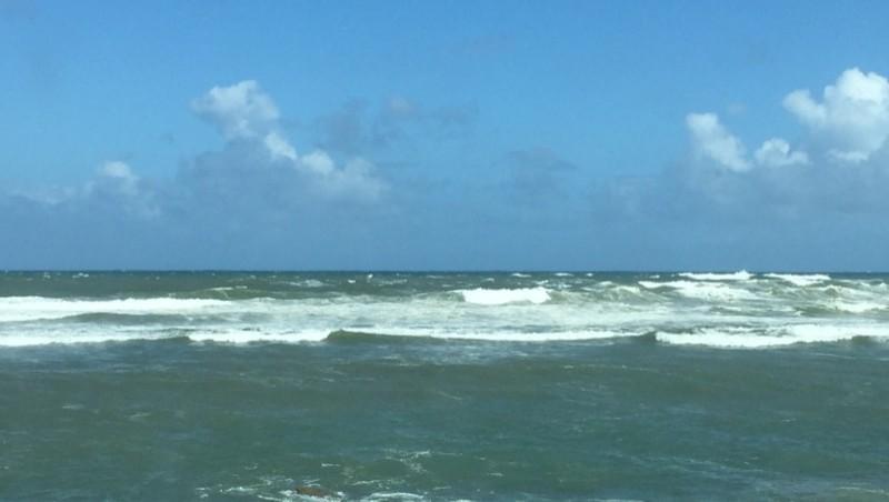Surf report Erromardie - Acotz - France (64) 2015-05-15 11:00:00