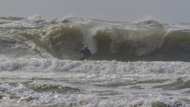 Wind report Le Porge - France (33) 2015-03-15 14:00:00