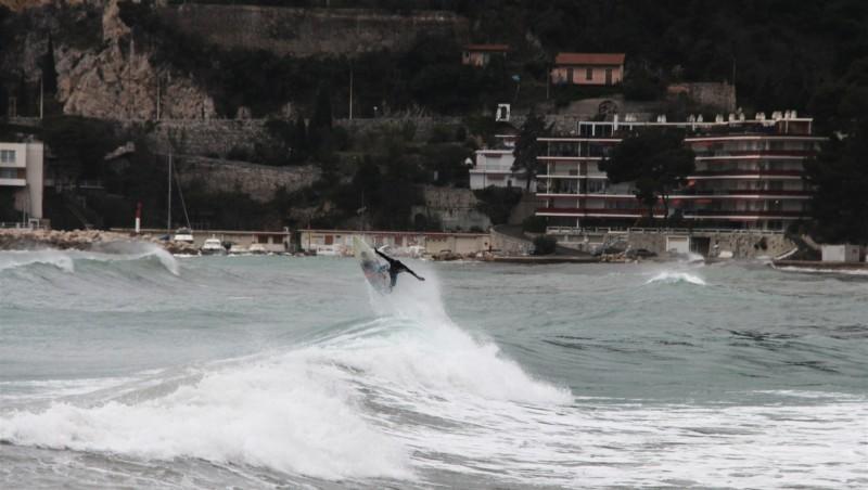 Surf report Les douaniers - France (06) 2015-03-15 14:00:00