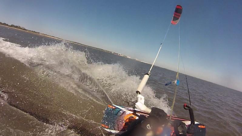 Wind report La Hume - France (33) 2015-04-07 09:00:00