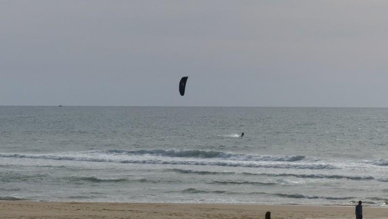 Wind report Mimizan - Plage Garluche - France (40) 2015-04-28 18:00:00