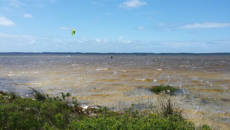 Wind report Hourtin - Lachanau - France (33) 2015-05-19 11:00:00