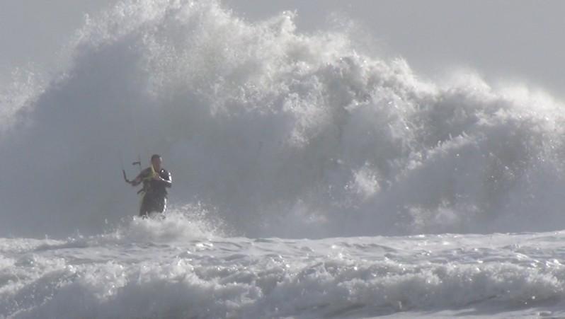 Wind report Le Porge - France (33) 2015-08-14 12:00:00