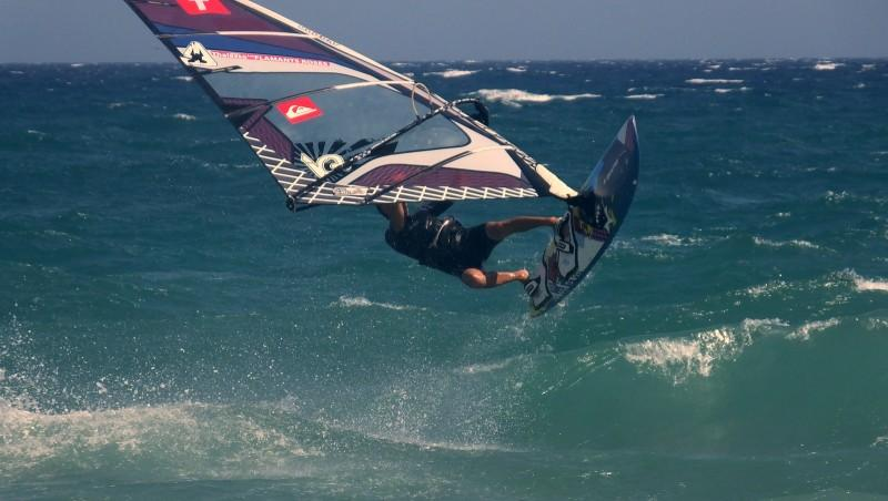 Wind report Saint-Cyprien - Plage de l'Art - France (66) 2015-08-27 12:00:00
