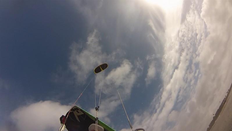 Wind report Hourtin - Lachanau - France (33) 2015-10-06 14:00:00