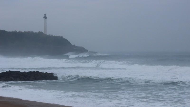 Surf report Anglet Surf Club - France (64) 2015-11-14 09:00:00
