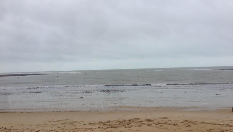 Wind report La Perroche - France (17) 2015-11-18 15:00:00