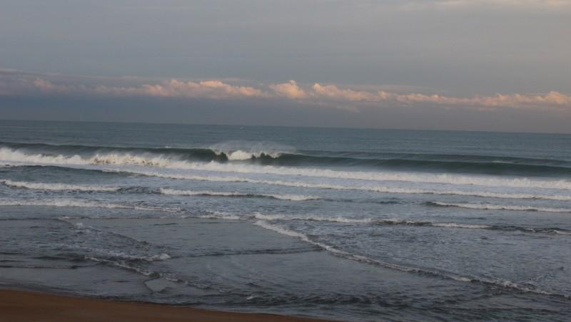 Surf report Anglet Sables d'Or - France (64) 2015-11-24 09:00:00
